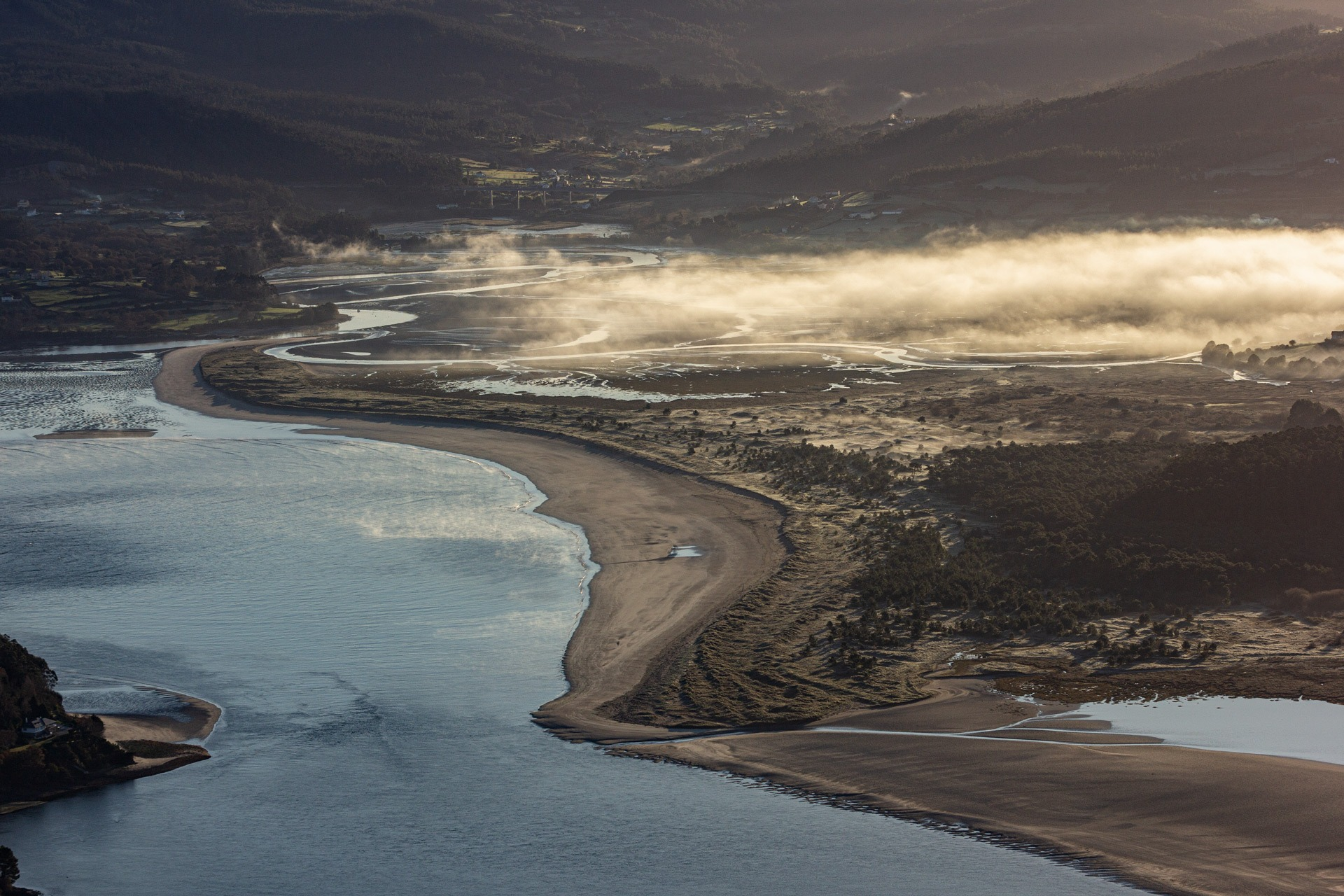 Praia de Morouzos desde A Miranda